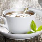 Savoir vivre przy filiżance herbaty