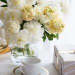 Przyjęcie ślubne w kolorach złota i bieli