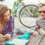 Przedurlopowe SOS: 5 sposobów jak szybko uzbierać fundusze na wakacyjny wyjazd