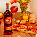 Wermut Martini Fiero Nowy włoski smak lata z czerwoną pomarańczą!