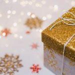 W tym roku Polacy rozpakują prezenty w... Internecie